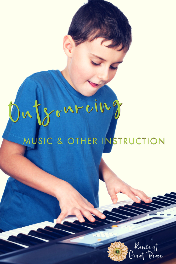 Outsourcing Music & Other Homeschooling Lessons | ReneeatGreatPeace.com #ihsnet #music