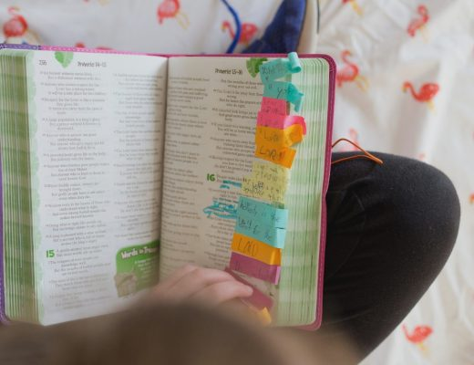 How to Teach your Kids to Not Hate Bible Study | Renée at Great Peace #Biblestudy #kids #homeschool #ihsnet